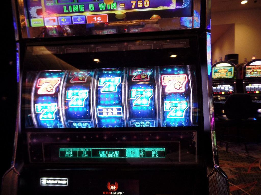 tragaperras de casino de cinco carretes